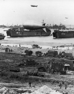 Arromanches en Normandie, France, le 6 juin 1944.
