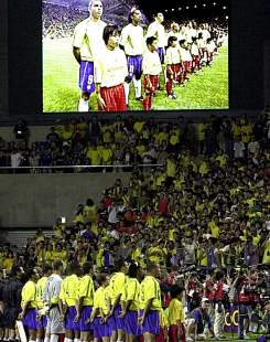 L'hymne national durant la coupe du monde de football 2002: Brésil - Belgique.