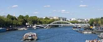 Paris Seine passerelle Debilly