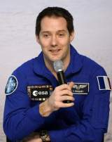 Le Français Thomas Pesquet raconte son vol vers l'ISS à la presse ce mardi 6 juin depuis Cologne, en Allemagne.