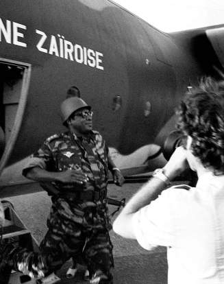 Le président du Zaire, le général Mobutu, s'est rendu à Kolwezi le 20 mai, après le raid.