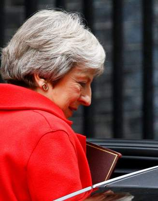 Brexit démissions gouvernement britannique Theresa May