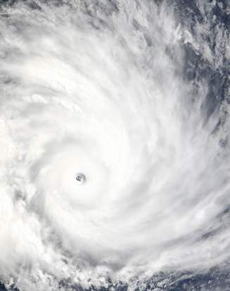 Vue satellite d'un cyclone s'approchant de Madagascar.