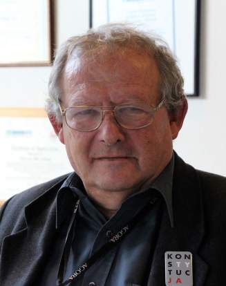 Adam Michnik dans son bureau du journal «Gazeta Wyborcza», à Varsovie, le 9 mars 2018.